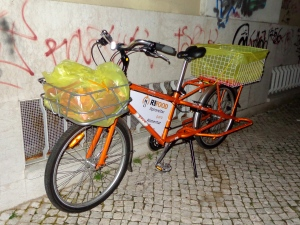 As bicicletas também ajudam na recolha de alimentos