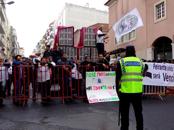 Segundo dia de protestos dos empresários dos carrosséis