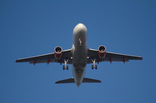 91% dos pilotos referem já terem cometido erros de pilotagem devido à fadiga.(foto:www.guiaviagens.pt)