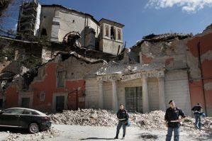 Obras mal feitas provocaram a morte de oito pessoas em 2009(Fonte:genildocosta.blogspot.com)