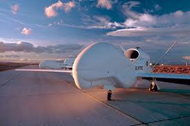 Drone americano, um avião não tripulado, usados pelos Estados Unidos.(fonte: http://www.defesanet.com.br/geopolitica/noticia/4847/Avioes-nao-tripulados-dos-EUA-monitoram-a-situacao-na-Siria)