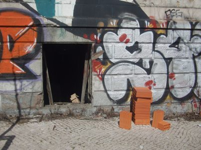 Valor médio de construção por m2 mantém-se nos 483 euros em 2012