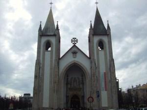 Com a construção da Igreja de Santo Condestável em Agosto de 1951, o bairro modernizou-se.