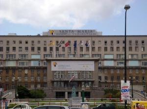 Enfermeiros do hospital Santa Maria em greve. (fonte: ultraperiferias.blogspot.com)