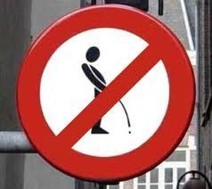 Proíbido urinar no chão. (fonte: edsonmacedo.zip.net)