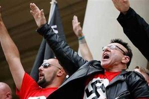 Crise fortalece partidos neonazis. (fonte: www.7dias.com.do)