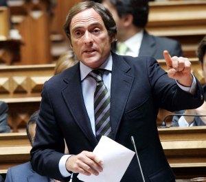 Elías Jaúa quer que do modelo de cooperação bilateral com Portugal seja uma referência para a Europa (Fonte: http://d19229.tinf28.tuganet.info/rubricas.aspx?id_rubrica=2609&id_seccao=45)