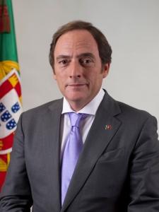 Retrato_oficial_Paulo_Portas