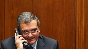 Relvas demitiu-se do cargo de ministro-adjunto dos Assuntos Parlamentares a 4 de abril (Fotografia: pegada.blogs.sapo.pt)