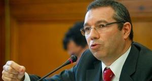 Governo assume contradição (Fotografia de: www.jornalacores9.net)
